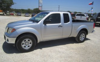Nissan Frontier, Mazda, Lincoln: Best Used Car Finds For October 19, 2012