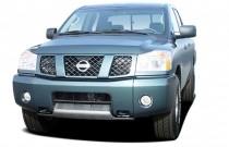 2005 Nissan Titan XE Crew Cab 4WD Angular Front Exterior View