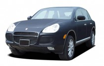 2005 Porsche Cayenne 4-door Turbo Tiptronic Angular Front Exterior View