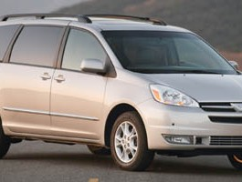 2005 Toyota Sienna XLE