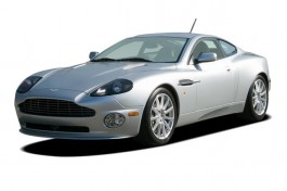 2006 Aston Martin Vanquish S 2-door Coupe Angular Front Exterior View