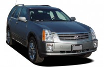 2006 Cadillac SRX 4-door V8 SUV Angular Front Exterior View