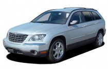 2006 Chrysler Pacifica 4-door Wagon Touring AWD Angular Front Exterior View