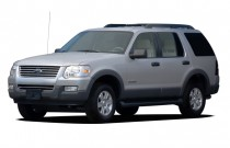 "2006 Ford Explorer 4-door 114"" WB 4.0L XLT Angular Front Exterior View"