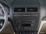 2006 Ford Fusion 4-door Sedan V6 SE Instrument Panel