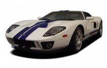 2006 Ford GT 2-door Coupe Angular Front Exterior View