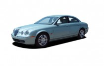 2006 Jaguar S-TYPE 4-door Sedan 4.2 Angular Front Exterior View
