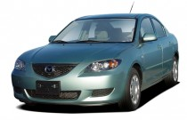 2006 Mazda MAZDA3 4-door Sedan i Manual Angular Front Exterior View
