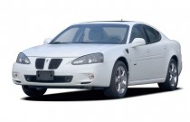 2006 Pontiac Grand Prix 4-door Sedan GXP Angular Front Exterior View