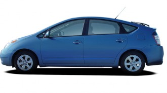 2006 Toyota Prius 5dr HB (Natl) Side Exterior View