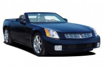 2007 Cadillac XLR 2-door Convertible Angular Front Exterior View