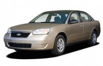 2007 Chevrolet Malibu 4-door Sedan LS w/1LS Angular Front Exterior View