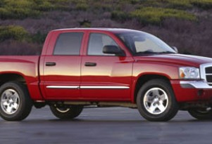 Dodge Dakota Dies, Diesel Land Speed Record, 2012 Porsche 911: Car News Headlines