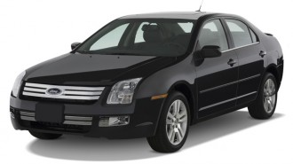 2007 Ford Fusion 4-door Sedan V6 SEL FWD Angular Front Exterior View