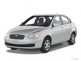 2007 Hyundai Accent 4-door Sedan Auto GLS Angular Front Exterior View