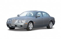 2007 Jaguar S-TYPE 4-door Sedan R Angular Front Exterior View