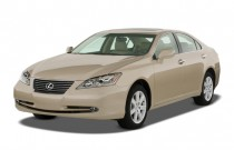 2007 Lexus ES 350 4-door Sedan Angular Front Exterior View