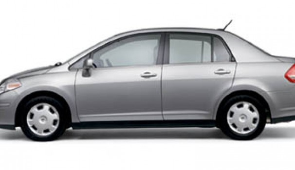 2007 nissan versa review ratings specs prices and. Black Bedroom Furniture Sets. Home Design Ideas