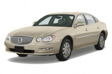 2008 Buick LaCrosse 4-door Sedan CXL Angular Front Exterior View