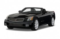2008 Cadillac XLR-V 2-door Convertible Angular Front Exterior View