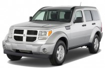 2008 Dodge Nitro 2WD 4-door SXT Angular Front Exterior View