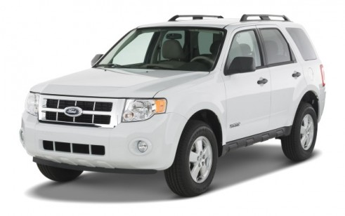 2008 Ford Escape FWD 4-door I4 Auto XLT Angular Front Exterior View