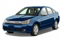2008 Ford Focus 4-door Sedan SE Angular Front Exterior View
