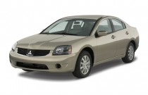 2008 Mitsubishi Galant 4-door Sedan ES Angular Front Exterior View