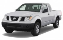 2008 Nissan Frontier 2WD King Cab I4 Man XE Angular Front Exterior View