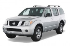 2008 Nissan Pathfinder 2WD 4-door V6 SE Angular Front Exterior View