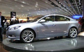 "Opel Insignia ""Sport Tourer,"" Saab 9-X Air for Paris"