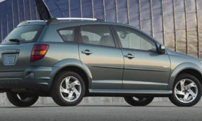 2008 Pontiac Vibe Photos