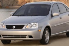 2008 Suzuki Forenza 