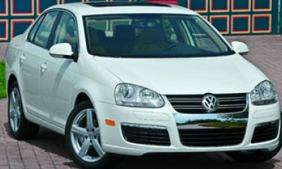 2008 Volkswagen Jetta Sedan Photos