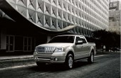 2008 Lincoln Mark LT Photos
