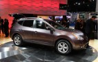 Nissan Shows Rogue Crossover