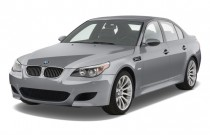 2009 BMW M5 4-door Sedan Angular Front Exterior View