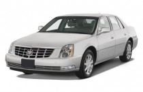 2009 Cadillac DTS 4-door Sedan w/1SA Angular Front Exterior View