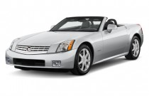 2009 Cadillac XLR 2-door Convertible Platinum Angular Front Exterior View