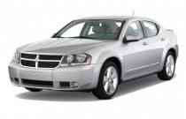 2009 Dodge Avenger 4-door Sedan R/T *Ltd Avail* Angular Front Exterior View