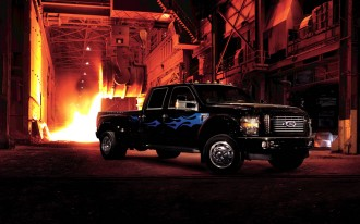 Ford F-450 Super Duty to Get Harley-Davidson, Cabela's Editions