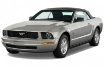 2009 Ford Mustang 2-door Convertible Angular Front Exterior View