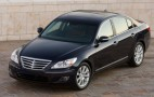 Hyundai Genesis wins 2009 North American Car of the Year award