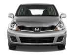 2009 Nissan Versa 5dr HB Auto S Front Exterior View