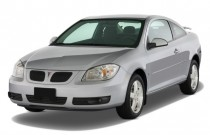 2009 Pontiac G5 2-door Coupe Angular Front Exterior View