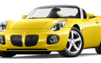 GM Tosses Lifesaver at Saturn Sky, Pontiac Solstice