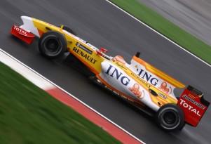 2009 Renault Formula One race car
