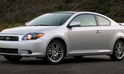 2009 Scion tC Photos