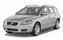 2009 Volvo V50 4-door Wagon 2.4L FWD Angular Front Exterior View
