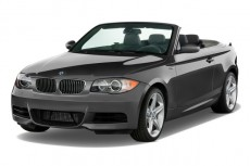 2010 BMW 1-Series 2-door Convertible 135i Angular Front Exterior View